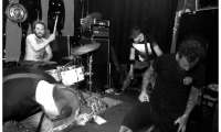 Band_01_Grim_van_Doom